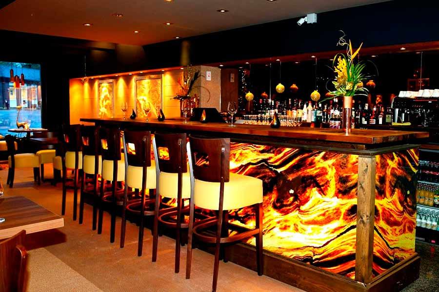 Дизайн інтер'єру бару в Луцьку (фото)